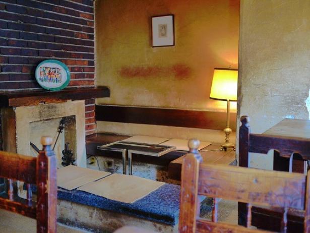 東京のカフェでの出会いはカフェ レ ジェ グルニエ